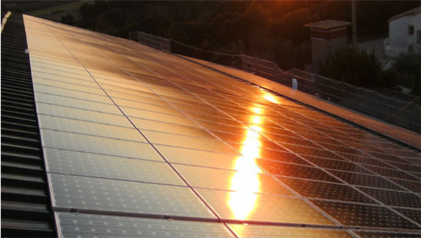 What You Need to Know about the Degradation of Commercial Solar Panels?